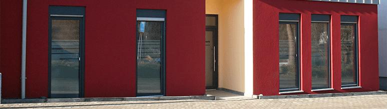 Weitere Gebäudeansicht der Praxis